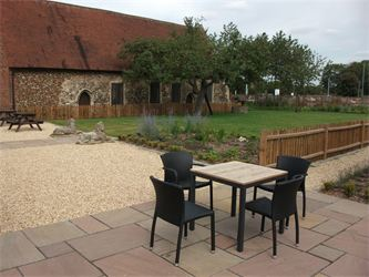 Red Lion Whittlesford, Cambridgeshire. Hotel and Pub Garden Landscaping